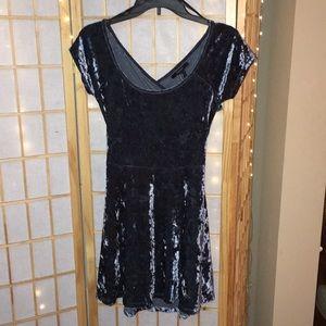 Velvet cutout back T-shirt dress